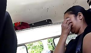 Señora le gusta ver mi pene en el camion