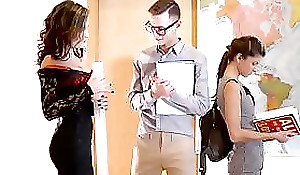 Deport oneself Mom Lessons - Naughty Within  starring  Gina Gerson and Charlie Pastor and Niki Appealing clip