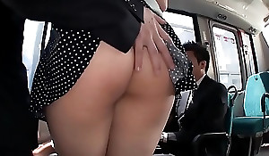 JAV - Spatter the ass Beautiful White Big Saegusa Chitose Breasts beyond the bus porn MAGURO-064
