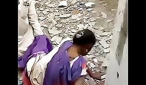 Desi hindi speaking Indian Chacha Randi ko chod te howe pakre gaye