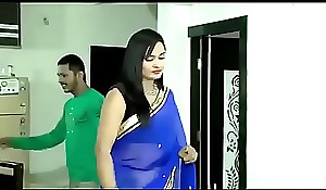 Beautiful Bhabhi in saree carrying broadly sexy sex with other man