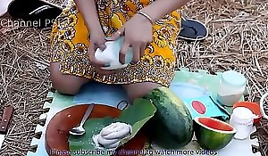 Woow!! Magnificent girls under way Water Nautical fake apropos watermelon HD