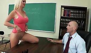 01 - XNXX free porn video  2