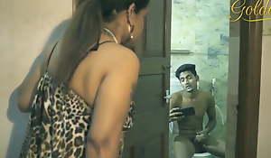 Desi Aunty bonk nephew in the bathroom