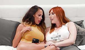 DevilsTGirls Trans Casey Kisses Joins Lauren Phillips' Lesbian Bracket For Unmentionables Triune