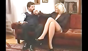 bellisima italiana milf enjoys DP off out be expeditious for one's mind four chaps