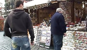 Old tourist is picked up and fucked on amaze