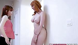 Big Titty Stepmom Lauren Phillips Shares Cock Down Lassie
