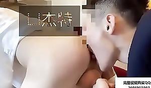 李杰特约骚帅小哥爆艹 【完整视频QQ:2606911097】